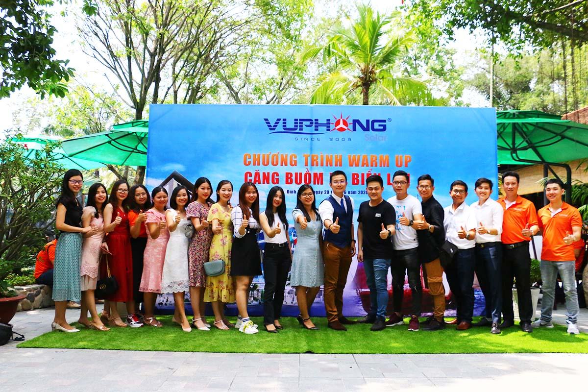 nhin-lai-chuong-trinh-warm-up-cang-buom-ra-bien-lon1