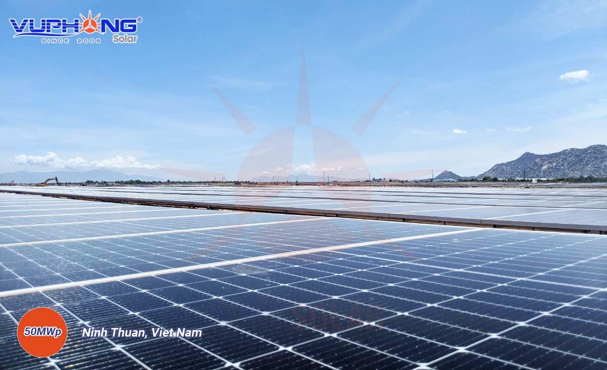 adani-solar-power-plant-ninh-thuan-province-2