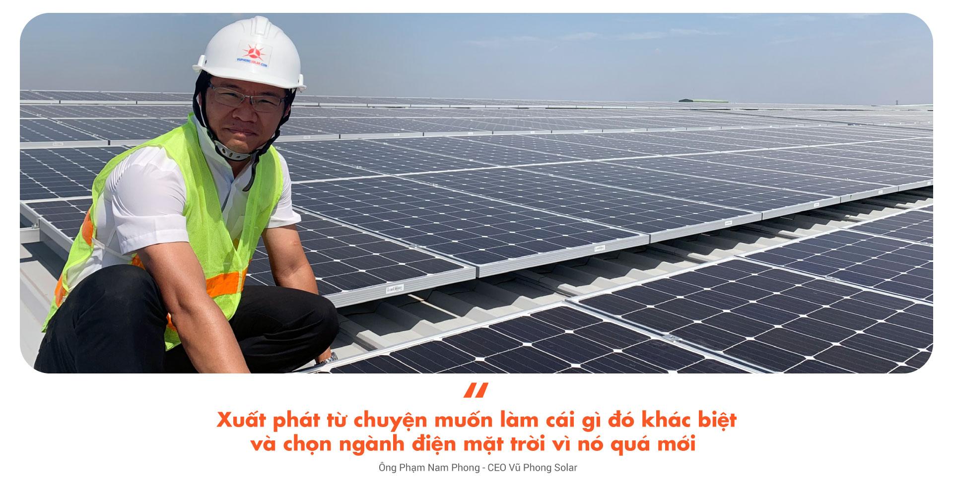 xuất phát từ chuyện muốn làm cái gì đó khác biệt và chọn ngành điện mặt trời ví nó quá mới